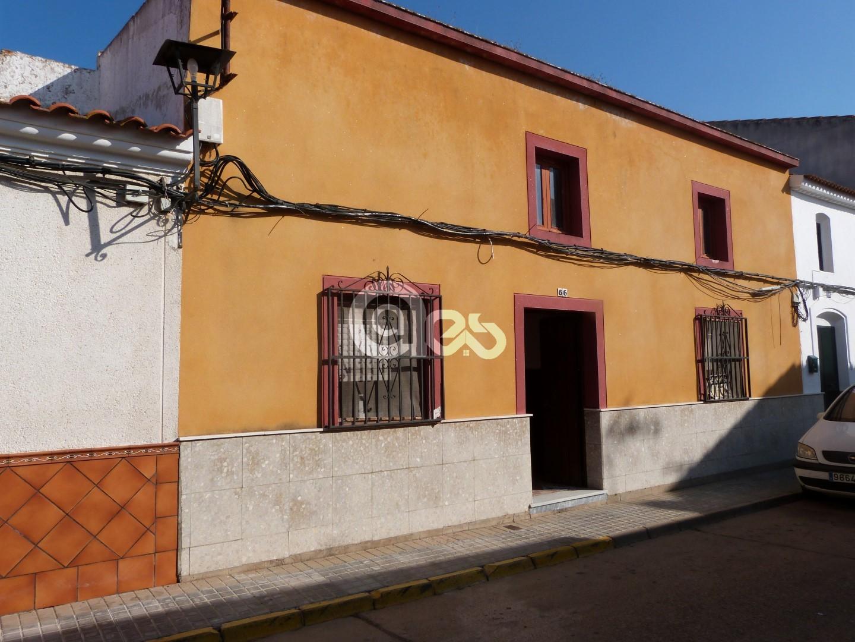 Preciosa casa de pueblo en La Redondela