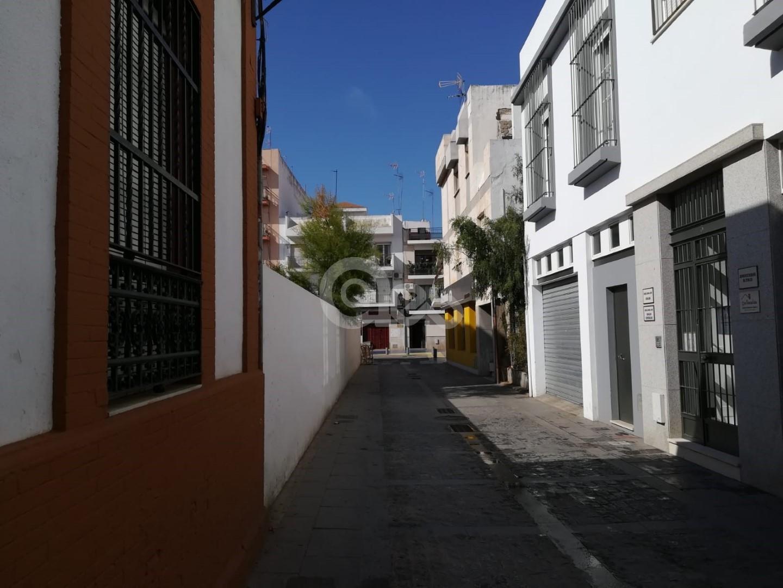 Solar céntrico en Isla Cristina!!
