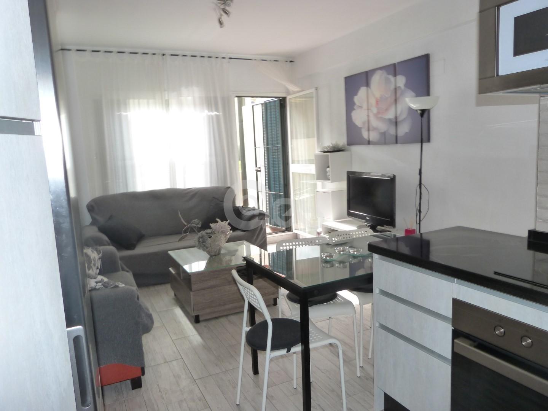 Precioso apartamento con plaza de aparcamiento en Playa Central!!!